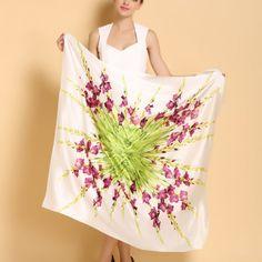 Luxusná hodvábna dámska šatka s kvetinovým vzorom - 110 x 110 cm Formal Dresses, Outfit, Fashion, Dresses For Formal, Outfits, Moda, Formal Gowns, Fashion Styles, Formal Dress