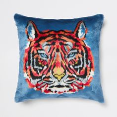 Square shape Blue faux fur Tiger face print design Flammable - keep away from fire Product size: Cushion Cover Acrylic, Polyester, Modacrylic Cushion Filler Outer: Polypropylene Filling: Polyester Large Cushions, Scatter Cushions, Throw Pillows, Farm Activities, Blue Tigers, Tiger Face, Alice In Wonderland Party, Home Decor Trends, Faux Fur