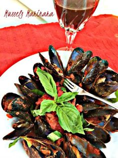 Easy Mussels Marinara by A New York Foodie is a delicious and very elegant dish that can be used as a main dish or an appetizer. Perfect for guests!