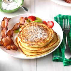 Get the most out of your holiday with these easy Easter brunch recipes. Prep them the night before or slow cook them for an easy Easter brunch. Fluffy Pancakes, Buttermilk Pancakes, Breakfast Pancakes, Breakfast Bake, Pancakes And Waffles, Breakfast Recipes, Dessert Recipes, Breakfast Ideas, Second Breakfast