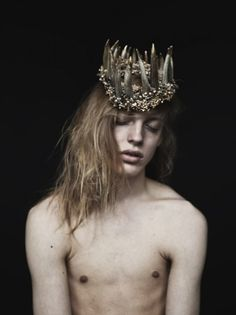 Headdresses by designer Ashley Lloyd, photographed by Van Sarki, for Interview Magazine. Designs by Ashley Laura Lee, Fairytale Fashion, Forest Fashion, Estilo Retro, Robert Mapplethorpe, Tiaras And Crowns, Poses, Headgear, Headdress