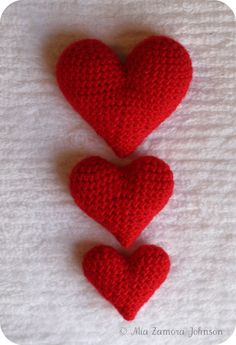 Corazoncitos amgurumi hearts pattern- Owlishly