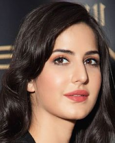 Katreena and some other beautiful girls Katrina Kaif Hot Pics, Katrina Kaif Images, Katrina Kaif Photo, Beautiful Bollywood Actress, Most Beautiful Indian Actress, Beautiful Actresses, Tv Actress Images, Katrina Kaif Wallpapers, Bollywood Girls