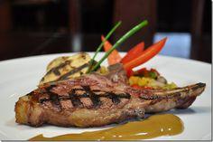 Rib steaks van everzwijn.