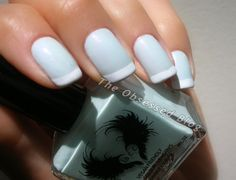 @laccbeauty  1976 French manicure