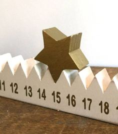 Advent calendar with star woodworking. Advent calendar with star woodworking. Advent calendar with star woodworking Noel Christmas, Winter Christmas, All Things Christmas, Christmas Ornaments, Christmas Countdown, Christmas Projects, Holiday Crafts, Christmas Wood Crafts, Diy Advent Calendar