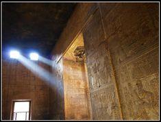 Discovering the Temple of Edfu !
