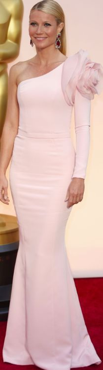 Gwyneth Paltrow in Ralph & Russo at the 87th Academy Awards