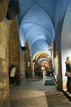 prague Visit Prague, Prague Castle, Interesting Buildings, Architecture, City, World, Travel, Arquitetura, Viajes