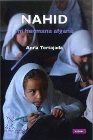 Nahid, mi hermana afgana. Signatura:CLUB 202-135 pag.- 15 ejemplares. lectura Fácil. Ariadna, una joven estudiante de periodismo, tiene que hacer un trabajo sobre Afganistán y contacta con Nahid, una adolescente que, como muchos otros afganos, ha tenido que huir a Pakistán. De la mano de Nahid, descubriremos la cruel realidad de Afganistán.
