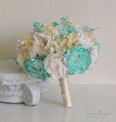 Turquoise and ivory wedding bouquet. Bridal bouquet F Simple Wedding Bouquets, Orange Wedding Flowers, Bridal Flowers, Flower Bouquet Wedding, Teal Bouquet, Bridesmaid Bouquet, Turquoise Bouquet, Broach Bouquet, Seashell Wedding