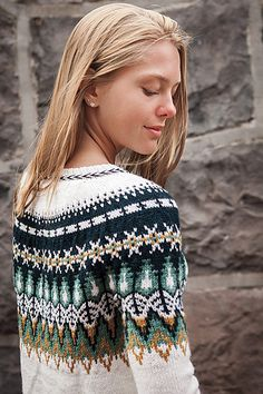 Ravelry: Bistort Pullover pattern by Courtney Spainhower. Just look at that yarn! Knit Picks Wool of the Andes Sport Fair Isle Knitting Patterns, Knitting Designs, Knit Patterns, Knitting Tutorials, Stitch Patterns, Punto Fair Isle, Icelandic Sweaters, Knit Picks, Hand Knitting