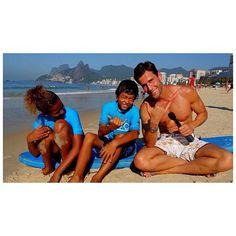 Olha quem não viu! Não perca! Assista a nova matéria gravada no Brasil para a TV americana www.fusion.net/fusion_live / Don't miss my new segment shot in Brazil on www.fusion.net/fusion_live Pedro Andrade