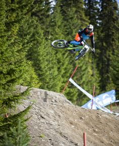 Monster Energy Drink ® | Deportes - HAFJELL WORLD CUP CROWNS UCI DOWNHILL CHAMPION