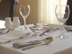 14 best Restaurant Table Settings images on Pinterest | Desk layout ...
