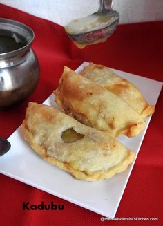 Kadubu or Kari Kadubu is a deep fried sweet. The outer layer is crisp and crunchy the stuffing is chana dal and jaggery stuffing called hoorna or Puran. This traditional dish in Karnataka is much relished and generally the main sweet for festivities. My best memories of eating kadubu are… My Recipes, Indian Food Recipes, Ethnic Recipes, Clarified Butter Ghee, Indian Sweets, Cooking Together, Recipe Ratings, Karnataka, Food Festival