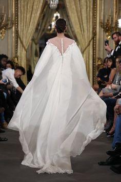 Capas para novia: únete a la última tendencia y triunfa Image: 9
