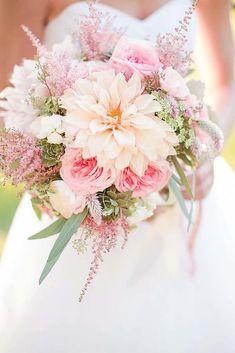 38 Ideas For Flowers Wedding Bouquet Pastel Floral Arrangements Spring Wedding Bouquets, Bridal Bouquet Pink, Bridal Flowers, Flower Bouquet Wedding, Pink Flowers, Purple Bouquets, Flower Bouquets, Peonies Bouquet, Brooch Bouquets