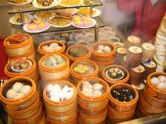 The name of the much beloved Chinese 'dim sum' dumplings literally translates to 'touch the heart'. Check out the best dim sum spots in London. Dim Sim, Cooking Chinese Food, Asian Cooking, Cooking Food, Brunch Spots, Places To Eat, Asian Recipes, Asian Foods, My Favorite Food