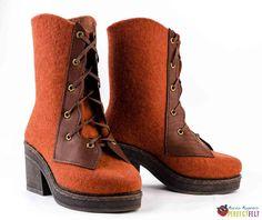 """Ботинки """"корсет"""" с кожаными деталями. Felt Boots, Felting, Wedges, Shoes, Fashion, Moda, Zapatos, Felt Fabric, Shoes Outlet"""