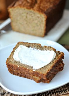 The Best Zucchini Bread  - healthy version with yaourt
