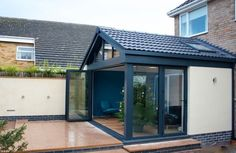See Aspect Projects Glass Room & Glass Extension Gallery showing recent work we have completed around the UK. House Extension Plans, Extension Designs, Glass Extension, House Extension Design, Rear Extension, Extension Ideas, Extension Google, Contemporary Garden Rooms, Modern Garden Design