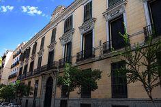 Palacetes de Madrid: PALACIO DEL CONDE DE ESCALONA Y DE BORNOS- C/Pez, 12 c/v C/Madera. Silvestre Pérez. Reformado en 1860 por Wenceslao Gaviña. En 1986 se reformó para acoger nuevas viviendas