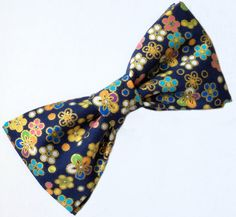 Men's Navy Blue Bow tie Dark Blue Bow tie by FlyTiesforFlyGuys Navy Blue Bow Tie, Gold Bow Tie, Floral Bow Tie, Bow Tie Wedding, Bow Ties, Dark Blue, Men's Fashion, Bows, Fancy