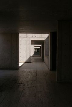Louis Kahn - Salk Institute