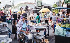 Walking Street in Thong Sala auf Koh Phangan, Thailand © www.sommertage.com Koh Phangan, Walking Street, Hotels, Travel, Paradise On Earth, Last Minute Vacation, Travel Tips
