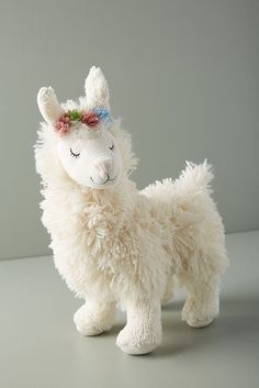 Stuffed Animals Crafts Slide View: Llama Plush Toy - Adorned with a flower crown, this sweet plush llama is perfect for your little one. Alpacas, Llama Stuffed Animal, Cute Stuffed Animals, Llama Plush, Llama Llama, Llama Pillow, Ideal Toys, Shower Bebe, Top Toys