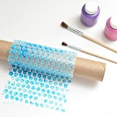 Four fun and easy crafts made out of bubble wrap!