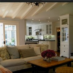 Cute & cozy from houzz.com