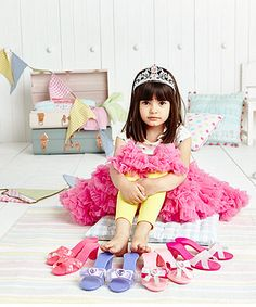 This set of pretty shoes and jewellery make the perfect accessories for your dress up outfits . For my miss Olivia to go with her Sofia princess dress x