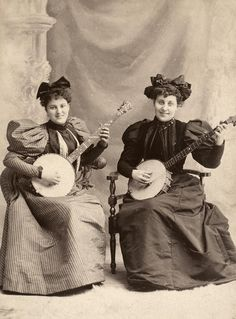 Banjo Players, C1900 Photograph - Banjo Players, C1900 Fine Art Print