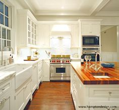 Sag Harbor Kitchen - Warm and Cozy