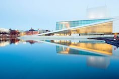 Scandinavian Architecture, Modern Architecture, Oslo Opera House, Visit Oslo, World Architecture Festival, Central City, Modern Buildings, Great View, Cool Places To Visit