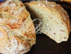 Jednoduchý domáci chlieb | GastroSlovnik.sk Banana Bread, Desserts, Food, Tailgate Desserts, Deserts, Essen, Postres, Meals, Dessert