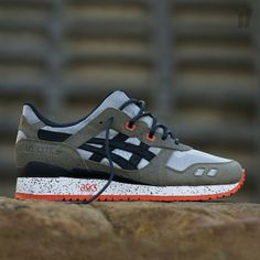 best sneakers 53a2b e8026 Asics Gel Lyte III Basics Guardian — Dark Olive  black Turnschuhe,  Laufschuhe, Wolle