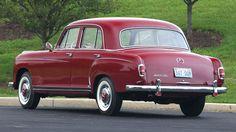 1959 Mercedes-Benz 220SE Sedan Mercedes 180, Mercedes Benz World, Classic Mercedes, Mercedes Benz Cars, Classic Motors, Classic Cars, Auctions America, Merc Benz, Mercedez Benz
