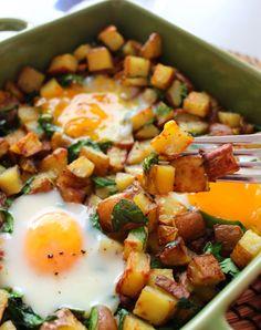 Roasted Potato and Spinach Egg Hash - thewonkyspatula.com Spinach Egg, Whole 30 Breakfast, Roasted Potatoes, Whole30, Pork, Eggs, Ethnic Recipes, Sweet, Kale Stir Fry