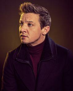 """Vanity Fair Portrait at the Sundance Film Festival - Jan 2017 Jeremy Renner, American Hustle, The Avengers, Vanity Fair, James Bond Ladies, Portrait Pictures, Sundance Film Festival, Handsome Actors, Clint Barton"