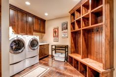 Laundry room that is rustic, strong, and ready to get something accomplished. Pinnacle Mountain Homes, Denver Ski lodge vintage art Rustic Laundry Rooms, Mudroom Laundry Room, Laundry Room Design, Mountain Dream Homes, Family Room Design, Log Homes, Cabin Homes, Home Interior, Home Remodeling