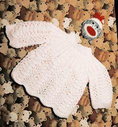 ¿Va a llegar un nuevo bebé a la familia? Anota las claves para tejer un bonito jersey para él. Baby Knitting Patterns, Baby Patterns, Crochet Patterns, Crochet Baby Sweaters, Crochet Designs, Fun To Be One, Knit Cardigan, Fingerless Gloves, Arm Warmers