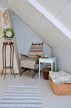 Majestic Small Attic Bedroom Low Sloping Ceilings Ideas 3 Bliss Cool Ideas: Attic Study Home Libraries attic living kids. Attic Bedroom Small, Attic Bathroom, Remodel Bathroom, Bathroom Ceilings, Attic Playroom, Attic Doors, Attic Stairs, Attic Ladder, Attic Window