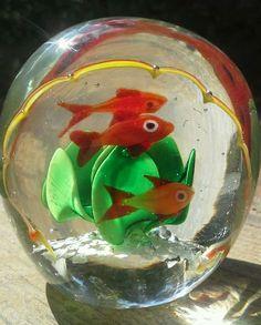 VTG Art Glass Murano Paperweight Gold FISH Aquarium Tank Aquatic Seaweed Italian
