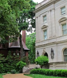 "Big Old Houses: ""Oz"" in St. Louis                            