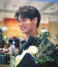 the series 👬❤ Win Metawin Theory Of Love, Jungkook Cute, Drama Memes, Win My Heart, Best Dramas, Thai Drama, Mans World, Actor Model, Winwin