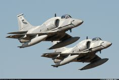 "Argentine Air Force McDonnell-Douglas (Lockheed-Martin) A-4AR Skyhawk ""FightingHawks"""