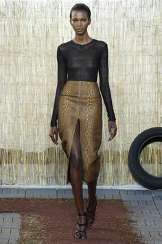 Sophie Theallet Spring 2016 Ready-to-Wear Fashion Show - Aamito Stacie Lagum